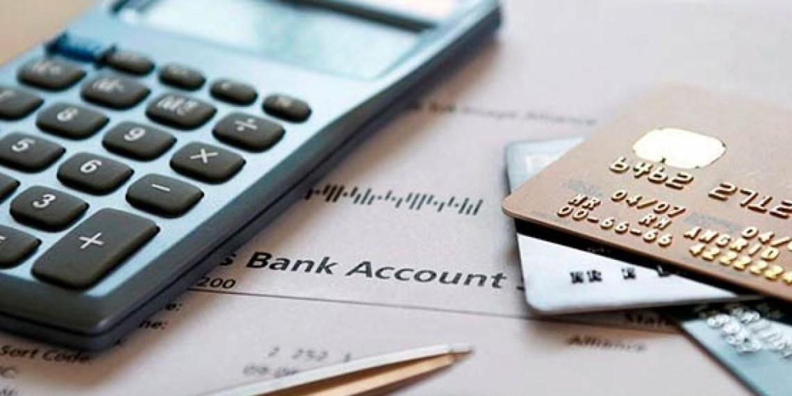 ФНС насчитала на зарубежных счетах россиян больше половины бюджета страны