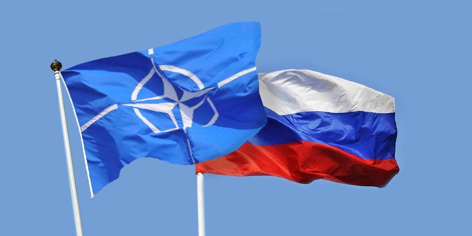 """В аналитическом центре при НАТО началась """"война"""" из-за России"""
