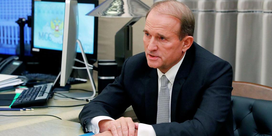 Украина запретила выпускать в Россию самолеты лидера оппозиции