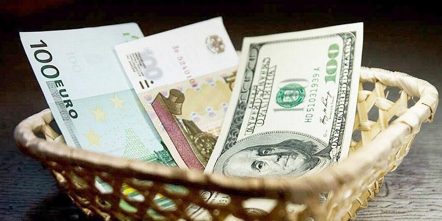 Курсы доллара и евро бьют рекорды