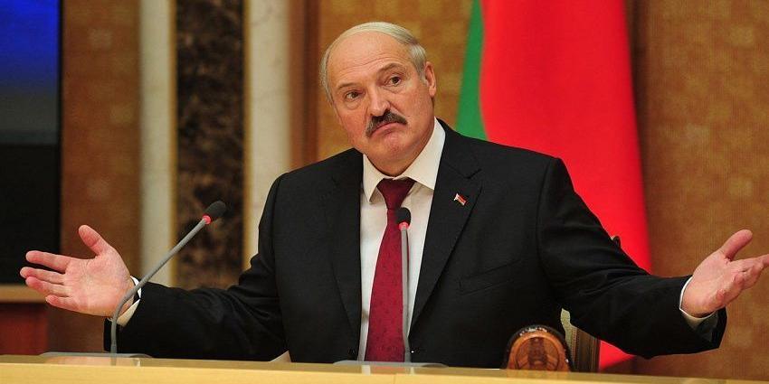 """Лукашенко признал, что """"немного пересидел"""""""