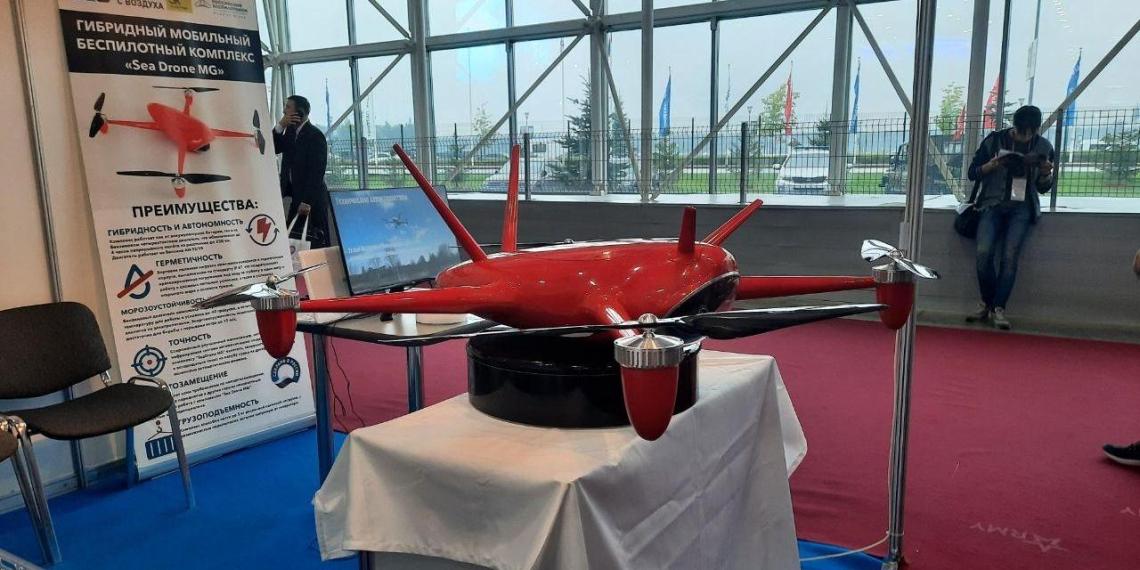 В России разработали дрон для спасения людей на воде