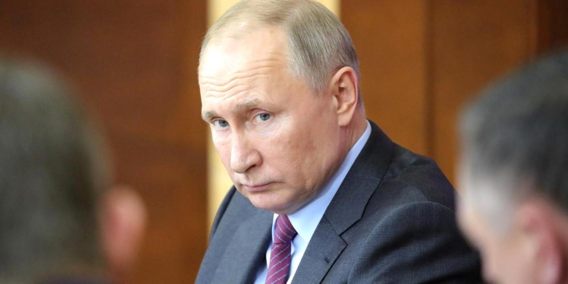 Путин поручил увеличить долю муниципальных расходов с прямым учетом мнения граждан