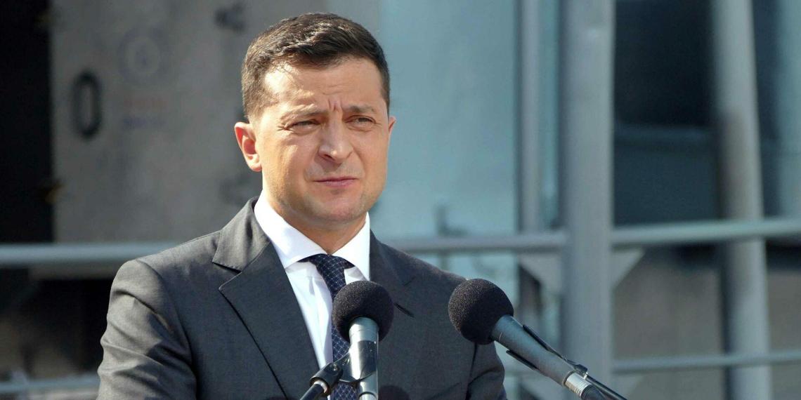 Зеленский предложил Путину лично обсудить Донбасс. В Кремле об этом ничего не знают