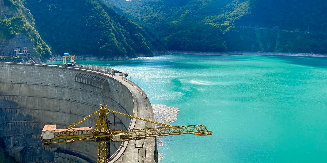 В Грузии идут протесты против возведения ГЭС американской компанией