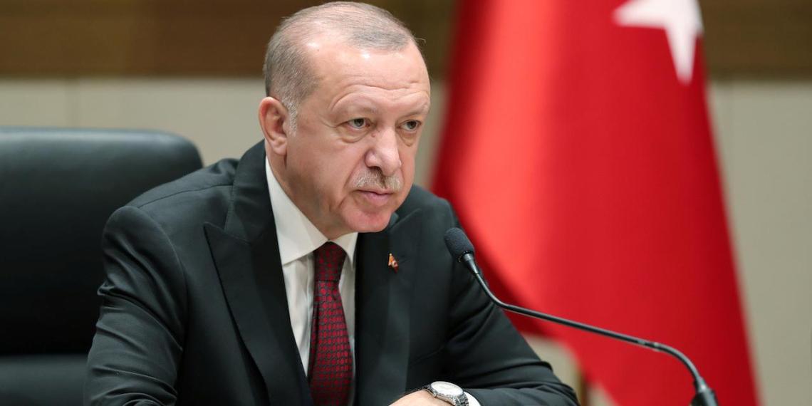 Эрдоган ответил на совместное заявление России, США и Франции по Карабаху