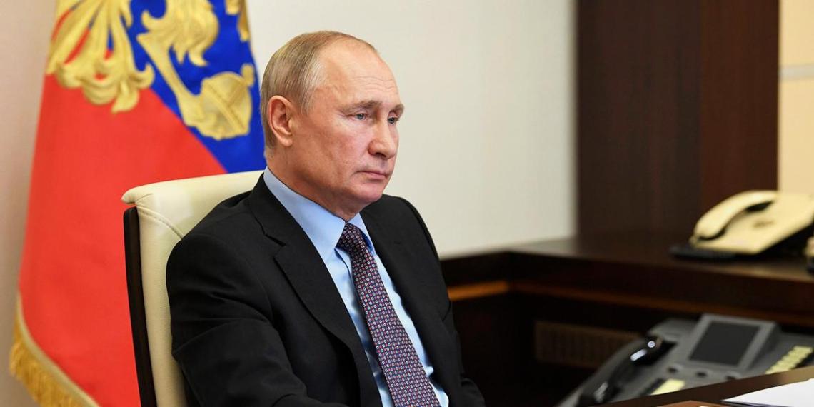 Путин подвел итоги голосования по поправкам в Конституцию