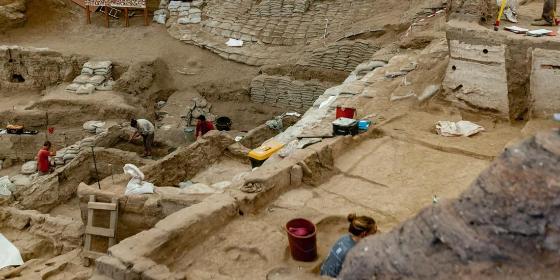 Археологи нашли в Египте потерянный золотой город Атон