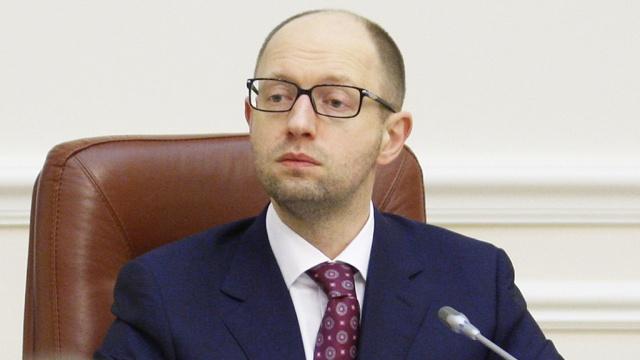 Депутат Рады: Яценюк должен ездить на осле вместо служебного Mercedes