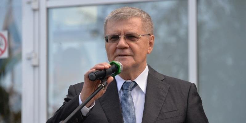 Генпрокурор Чайка ушел в отставку
