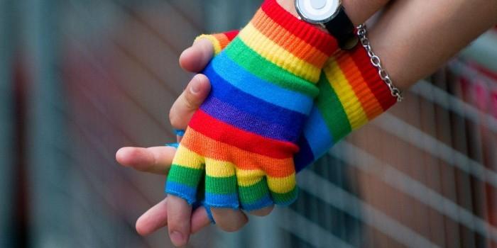 Ученые выяснили, что лесбиянки раньше теряют девственность