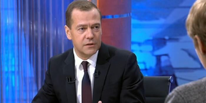 Медведев: Украина не вернет России $3 млрд долга, «потому что жулики»