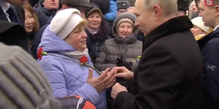 Путин пообещал помочь 94-летней петербурженке, живущей без льгот и лекарств