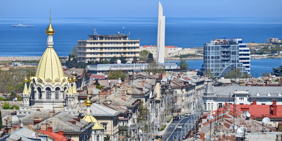 Иностранцы больше не смогут владеть земельными участками в Крыму