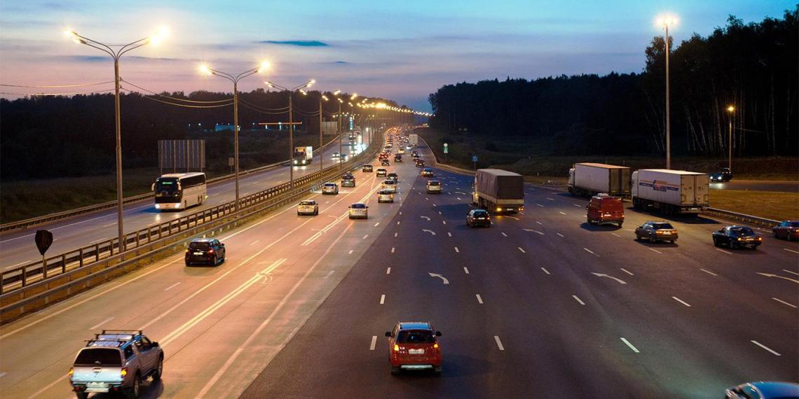 Максимальную скорость на некоторых дорогах могут увеличить до 150 км/ч