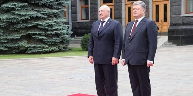Лукашенко напомнил Порошенко о зове предков