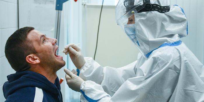 Академик РАН объяснил, как перенести коронавирус в более легкой форме