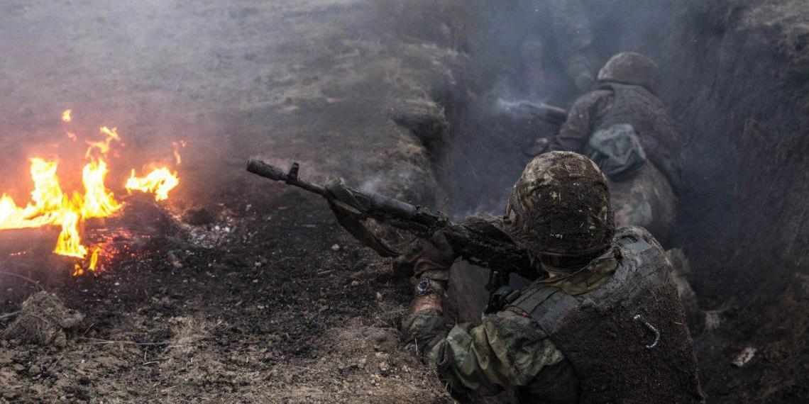 Зеленский пригрозил сменить тактику по отношению к Донбассу