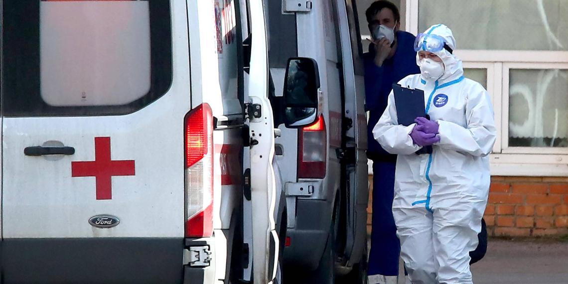В Роспотребнадзоре спрогнозировали пик распространения коронавируса в России
