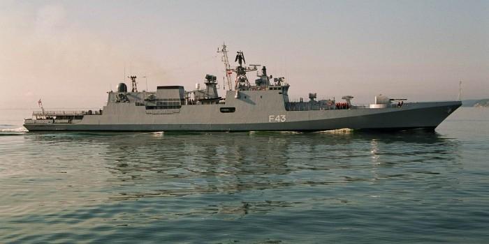 Россия подпишет с Индией контракты на поставку вертолетов и фрегатов