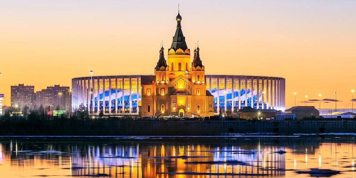 Власти Нижнего Новгорода заплатили двум блогерам 1,7 млн рублей за прогулку по городу