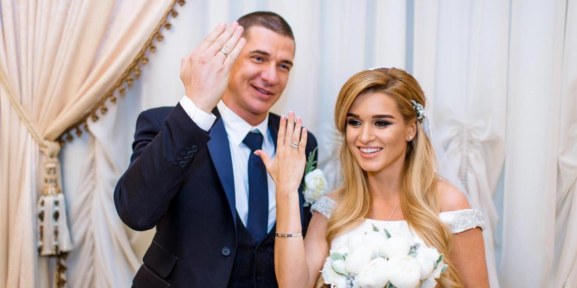 Все по-разному страдают: Бородина впервые прокомментировала развод с Курбаном Омаровым