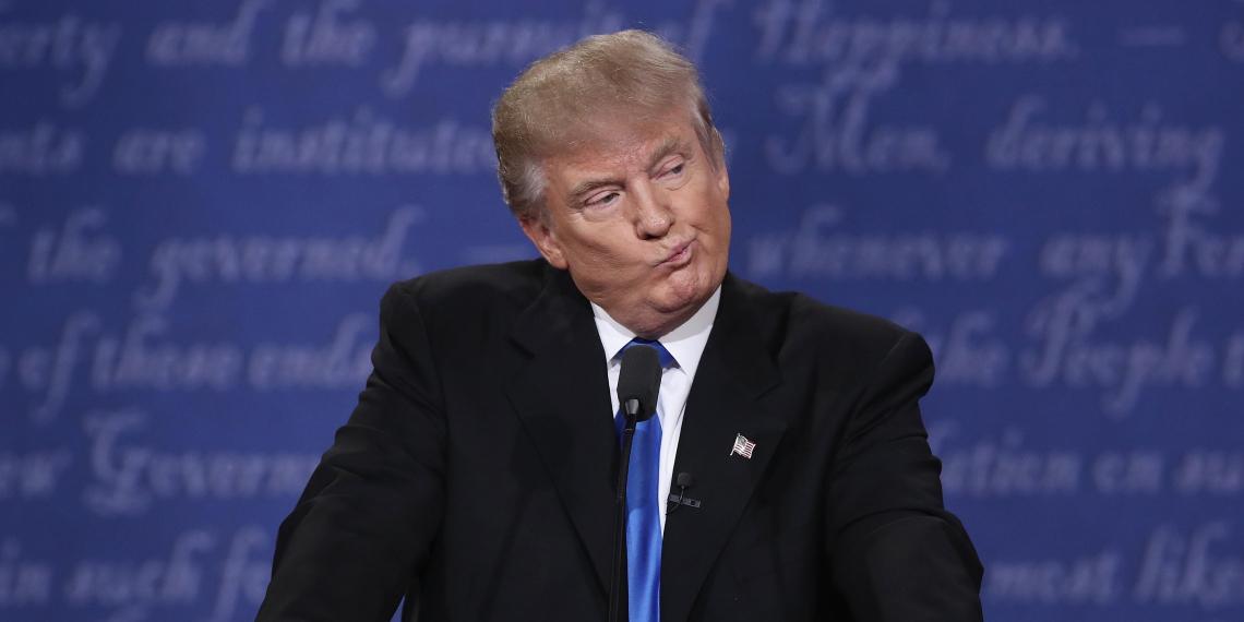 """Трамп назвал """"грязными дырами"""" Гаити и страны Африки"""
