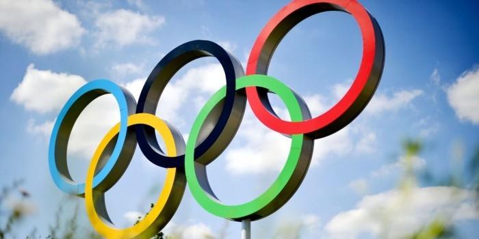 МОК порекомендовал федерациям прекратить подготовку к соревнованиям в России
