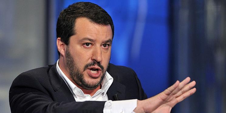 В Италии возмутились наглостью Макрона из-за позиции по мигрантам