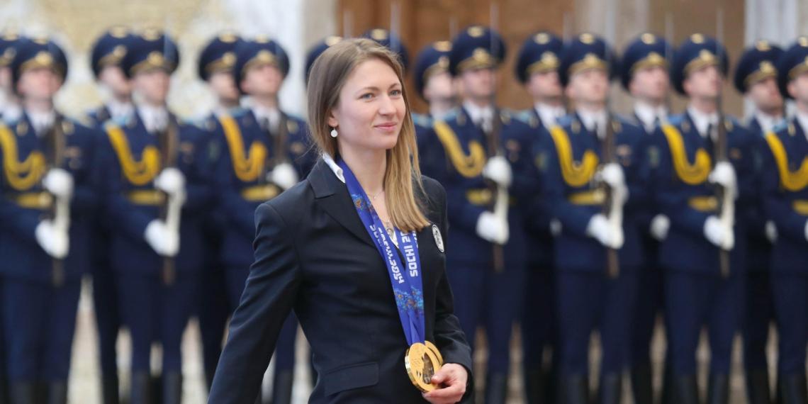 От Домрачевой потребовали отказаться от звания Героя Белоруссии