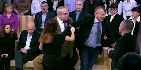 Клинцевич вытолкал украинского дипломата в прямом эфире за несоблюдение минуты молчания