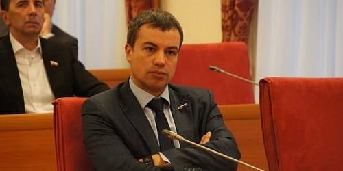 """Кандидата """"Родины"""" обвинили в получении поддельного военного билета"""