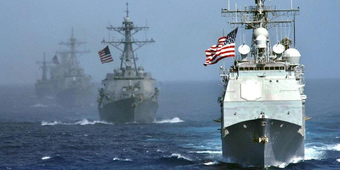CNN: США задумали отправить военные корабли к российским границам