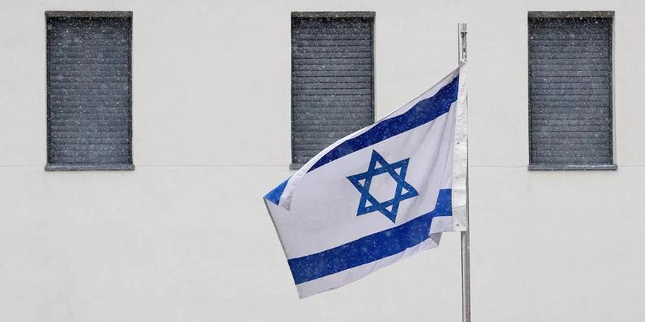 """Израиль отозвал посла из Польши после принятия """"антисемитского"""" закона"""