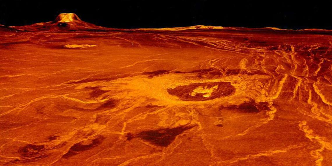 Сибирские ученые нашли признаки жизни на Венере