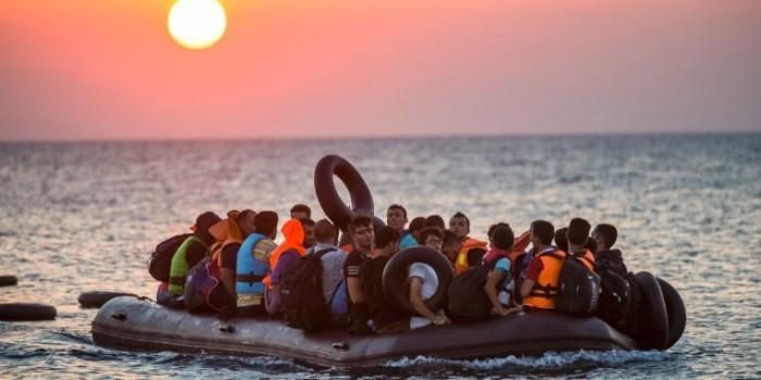Посол Польши призвал Россию помочь справиться с наплывом беженцев