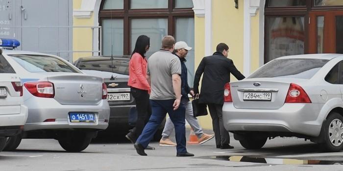 Экс-сенатор от Чечни объяснил стрельбу в гостинице проверкой оружия