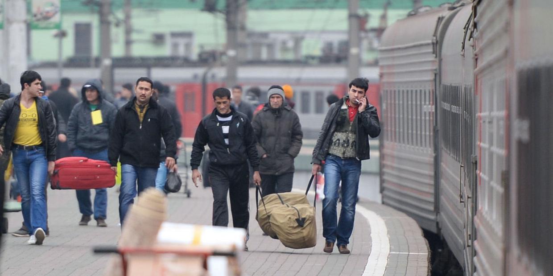 МВД предложило авансом брать налог с трудовых мигрантов