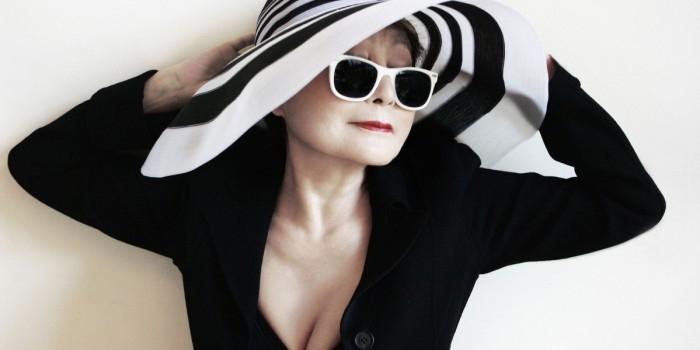 Йоко Оно шокировала общественность рассказом о романе с Хиллари Клинтон