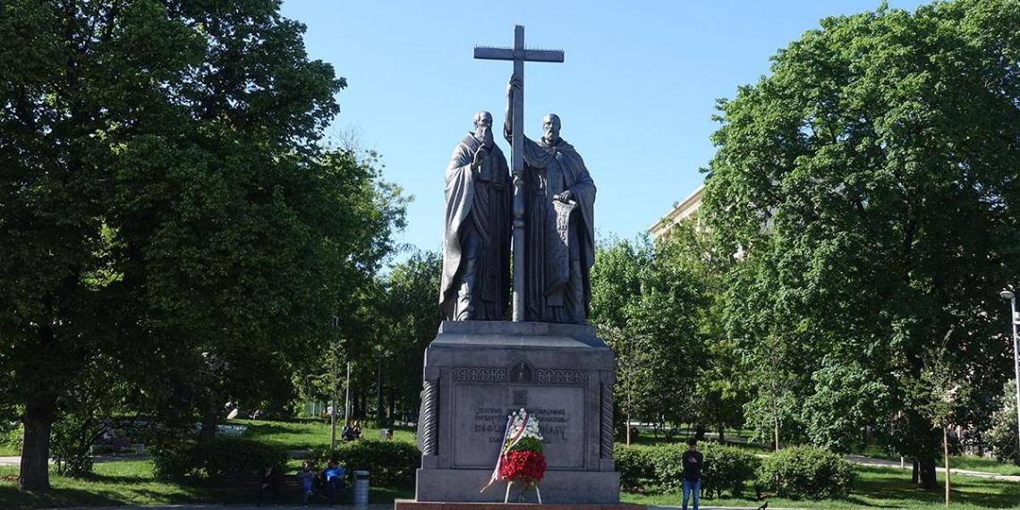Болгарский писатель обвинил Россию в присвоении кириллицы