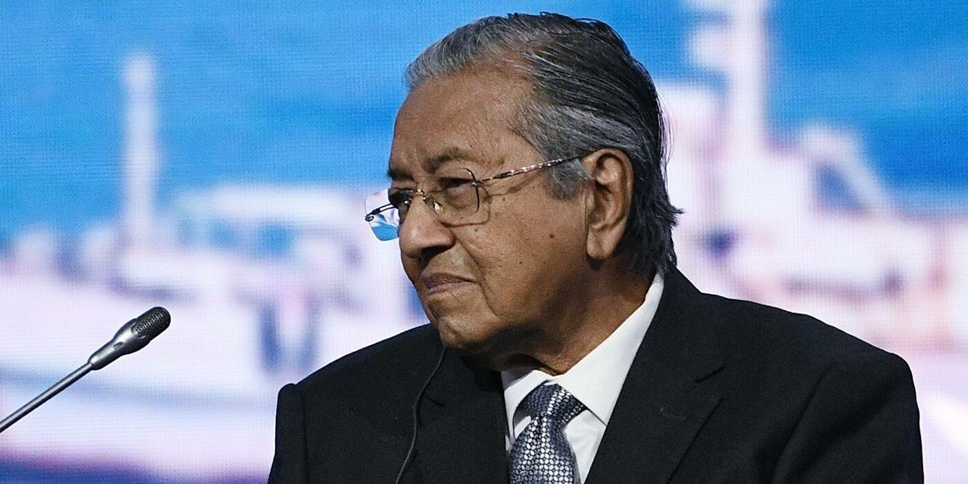 Экс-премьер Малайзии заявил о праве мусульман убить миллионы французов
