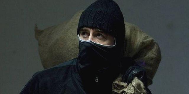 Супруги из Бурятии ограбили Сбербанк из-за долгов по ипотеке