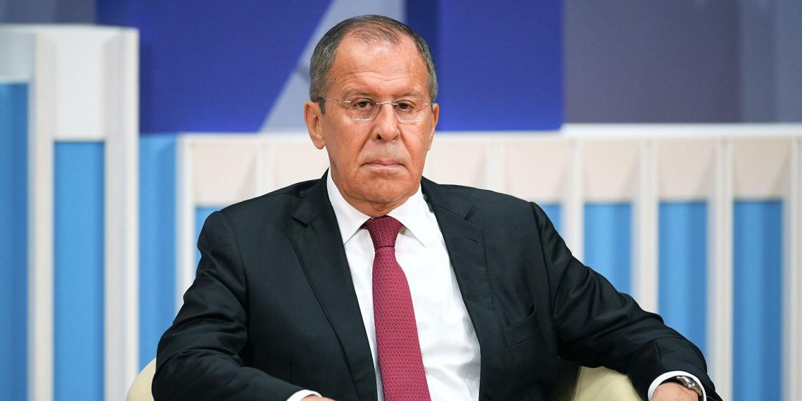 """Лавров назвал честью включение в список """"Единой России"""" на выборах"""