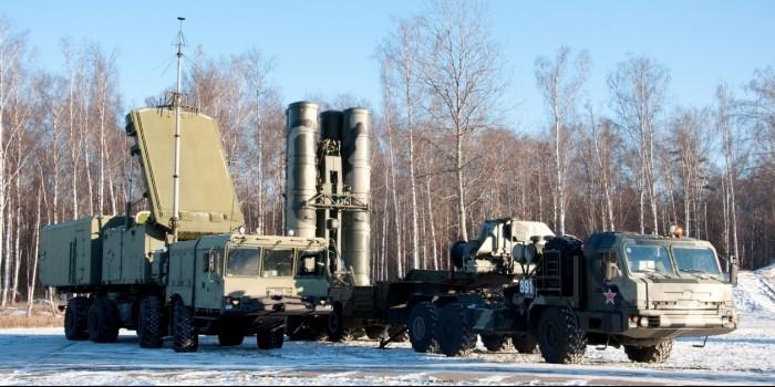 Россия развернула в Арктике два полка С-400