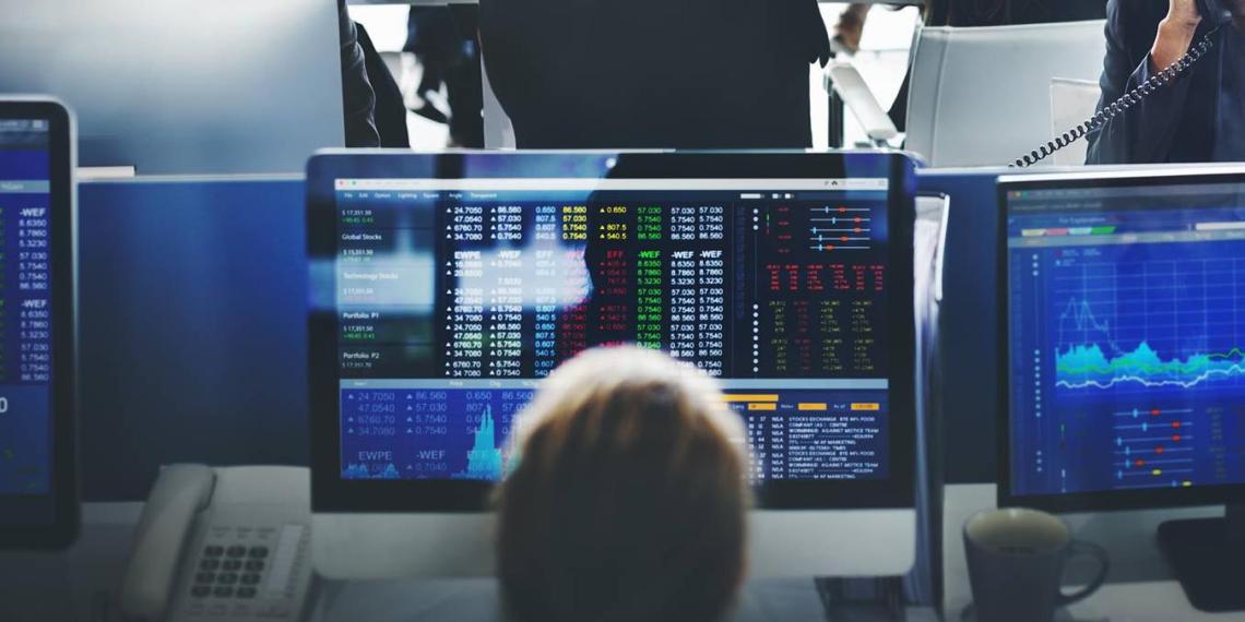 Назван средний заработок россиян, торгующих на бирже