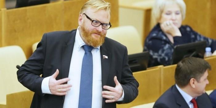 Милонова уличили в скупке санкционной еды в Финляндии