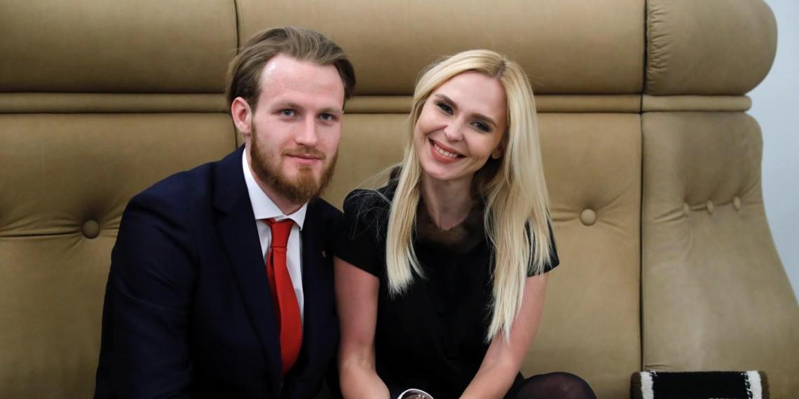"""""""Женская обида"""": Пелагея хочет отсудить у нашедшего ей замену мужа имущество на $5 миллионов"""