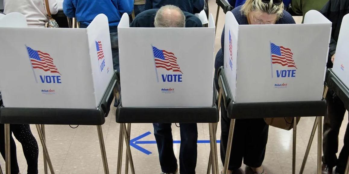 Коллегию выборщиков в США назвали пережитком прошлого, вставшим на службу крупному капиталу