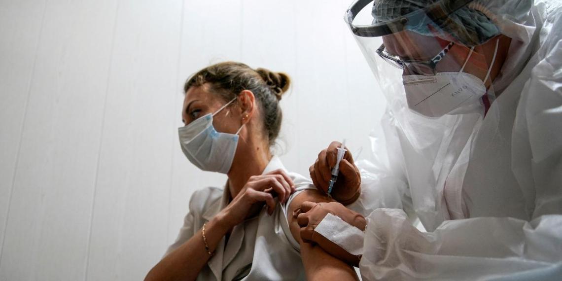 В Москве появилось больше возможностей записаться на прививку от коронавируса