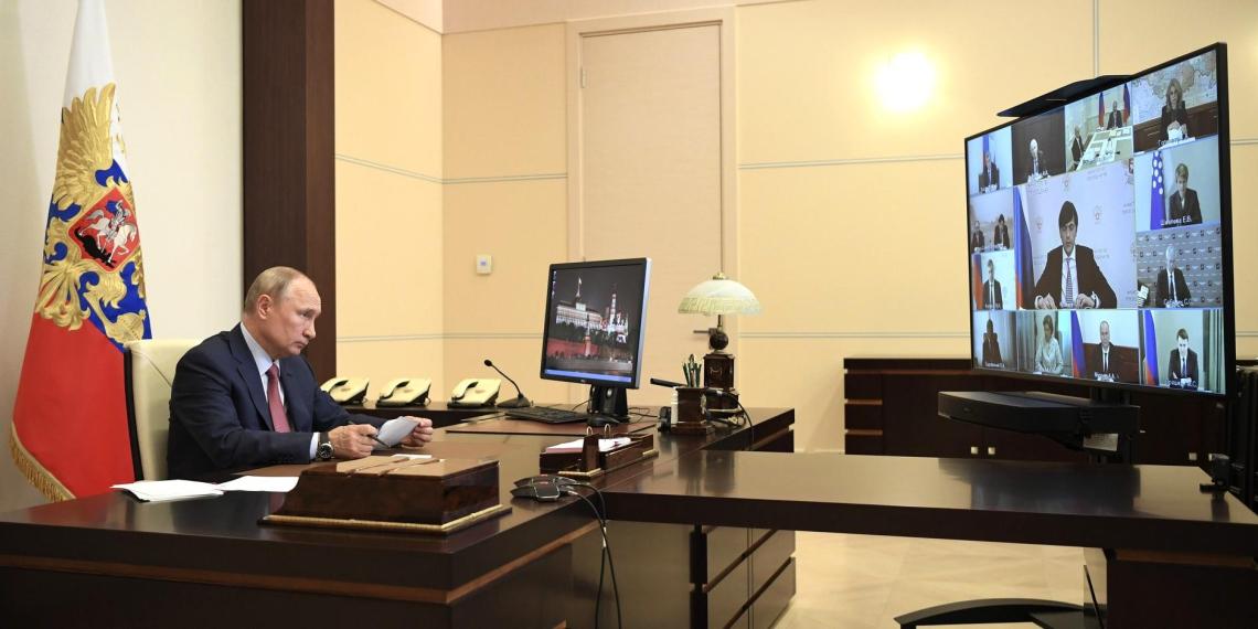 Президент внес законопроект о воспитательной работе в системе образования